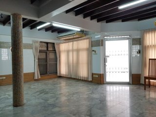 Home Office Space for Rent (near MRT Rama 9)