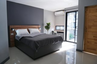 Once in Lasalle *Super New & Modern Apartment Near BTS Bearing 400 M*